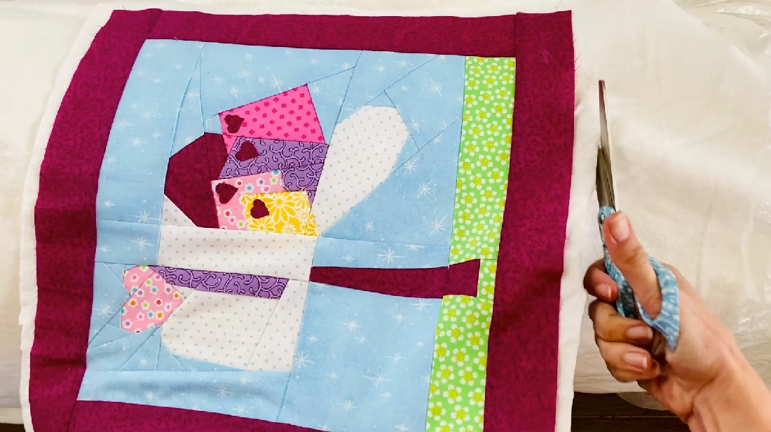 How to make a quilt block into an envelope pillow case 2