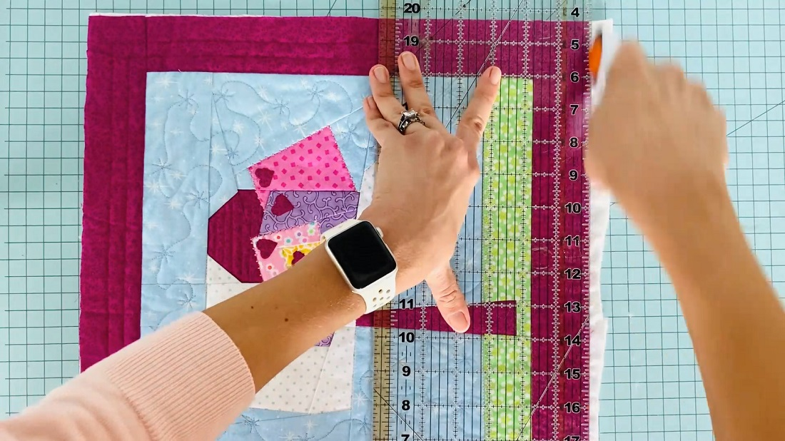 How to make a quilt block into an envelope pillow case 4