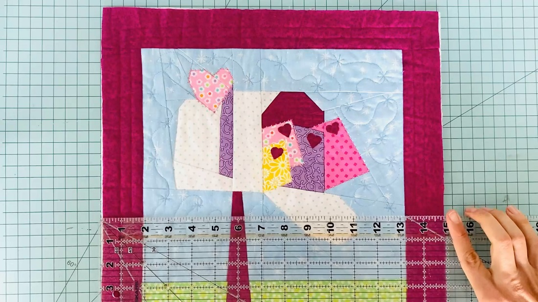 How to make a quilt block into an envelope pillow case 5