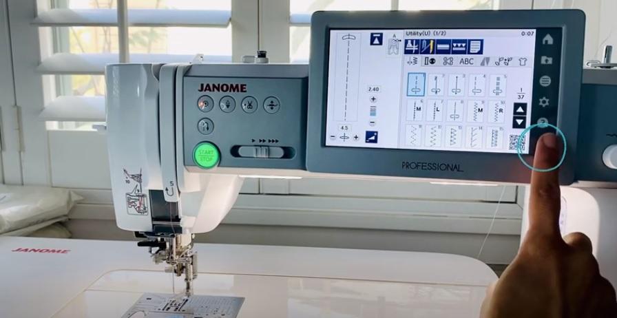 How to Clean Your Bobbin Case in Sewing Machine Lock Machine